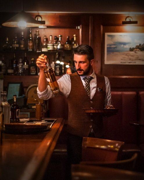 O koktejlech, rumech i začátcích baru La Casa de la Havana Vieja